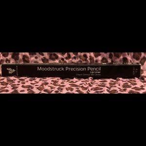 MOODSTRUCK Precision Pencil Lip Liner